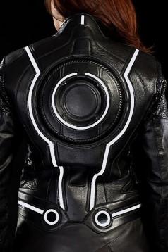 Мотоциклетният екип Tron Legacy 7