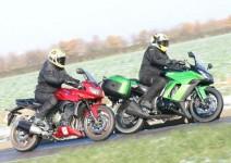 Kawasaki Z1000SX срещу Yamaha Fazer 1000