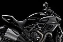 Ducati Diavel вече и в диамантено черно 3