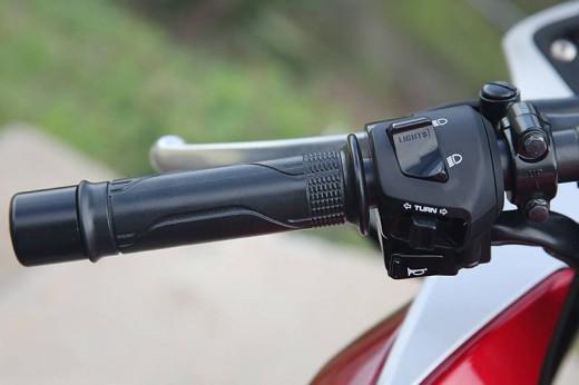 Още снимки на Honda CBR250R 19