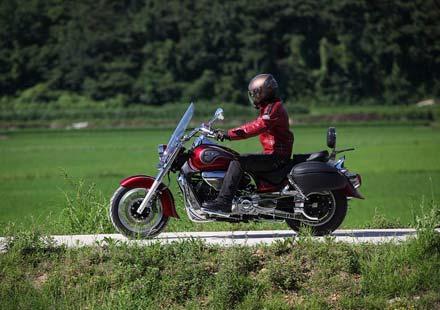 Новият HYOSUNG ST7 за 2011 година