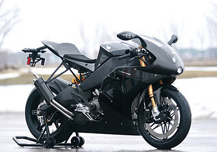 Мощност и сила в състезателния мотор Buell 1190RS