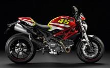 Духът на Роси в Ducati Monster 01