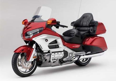 Honda разработва колани за мотористи