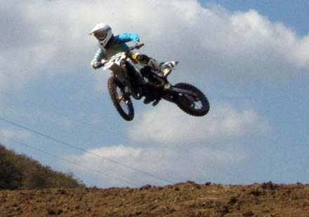 Майкъл Иванов завърши втори в европейския шампионат по мотокрос