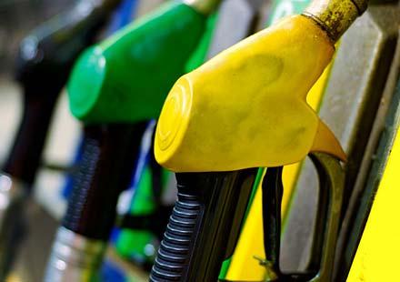 Размразиха цените на горивата