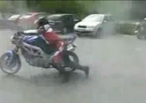 Motorcycle burnout - нещо се обърка