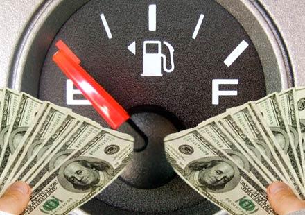 Минималната заплата в литри бензин