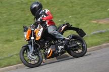 2011 KTM Duke 02