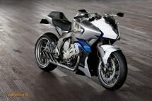 Шестцилиндров нейкд мотор от BMW 02