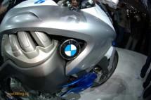 Шестцилиндров нейкд мотор от BMW 15