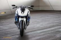Шестцилиндров нейкд мотор от BMW 27
