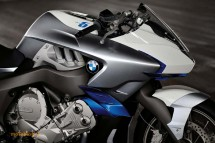Шестцилиндров нейкд мотор от BMW 30