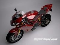 Концепцията Ducati Superlight 1100 06