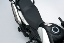 Снимки на мистериозния мотоциклет Suzuki V-Strom 2012 10