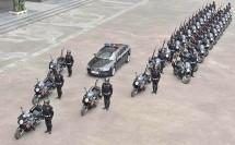 Китайската мото мото полиция с Aprilia Mana 850 03