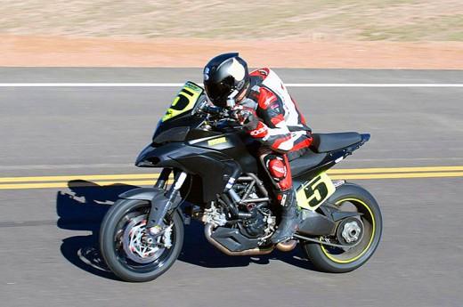 Фабричен мотор Ducati Multistrada 1200 спечели Pikes Peak с рекорд 02