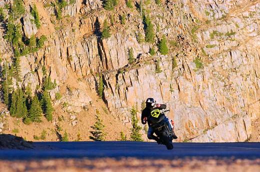 Фабричен мотор Ducati Multistrada 1200 спечели Pikes Peak с рекорд 06