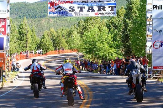 Фабричен мотор Ducati Multistrada 1200 спечели Pikes Peak с рекорд 08