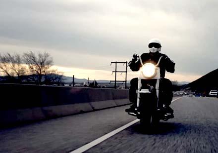 """""""Дълбочината на скоростта"""" – мотоциклетът Pangea Speed"""