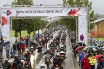 Снимки и видео от BMW Motorrad days 2011 06
