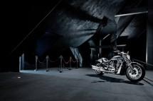 10 години Harley-Davidson V-Rod 03