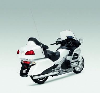Инвоации в мотоциклета Honda Gold Wing за 2012 14