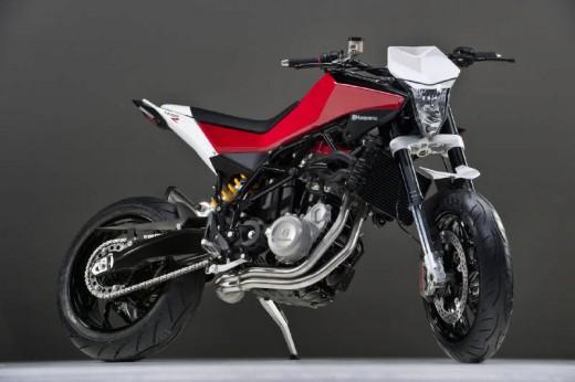 Официални снимки на мотоциклета Husqvarna Nuda 900R 01