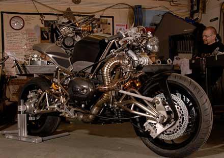 "Турбо къстъм мотоциклет ""Slugger"""