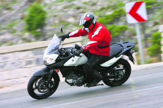 2011 Suzuki V-Storm 650 ABS 01