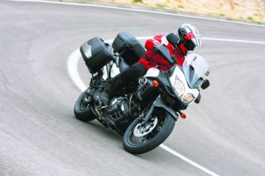 2011 Suzuki V-Storm 650 ABS 02