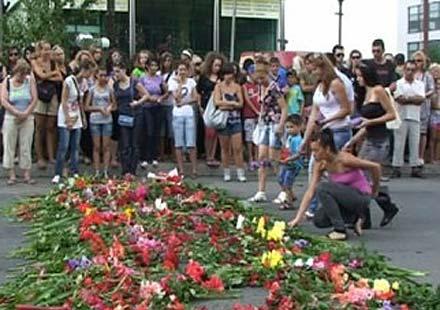 Жива верига във Варна – апел за толерантност на пътя