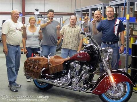 Първият мотор Indian Chief произведен от Polaris 03