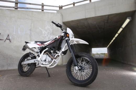 2011 Husqvarna SMS4 125 03