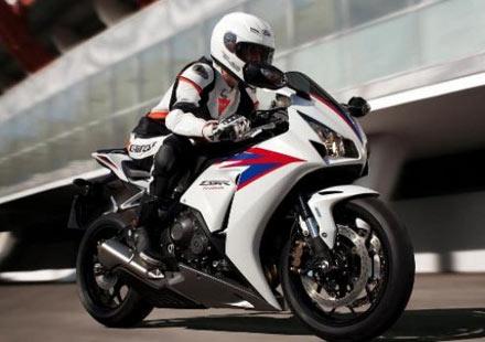 2012 Honda CBR1000RR Fireblade на показ
