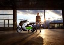 Концепцията за електрически скутер на BMW с камери за задно виждане 02