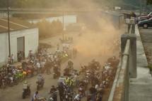 Френските мотористи продължават да стачкуват 09