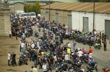 Френските мотористи продължават да стачкуват 12