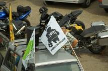 Френските мотористи продължават да стачкуват 18