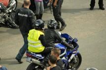Френските мотористи продължават да стачкуват 20