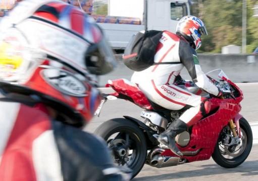 Шпионски снимки на Ducati 1199 Panigale 03