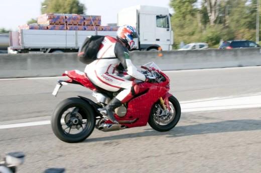 Шпионски снимки на Ducati 1199 Panigale 05