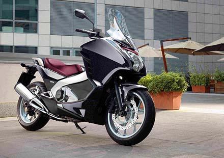 Още подробности за новия макси скутер Honda Integra