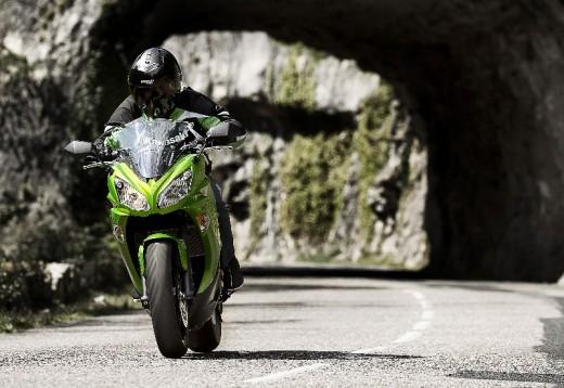 Изцяло ново Kawasaki ER6f за 2012 година 05