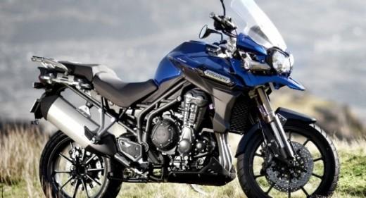 Triumph с три нови модела за EICMA 2011 03