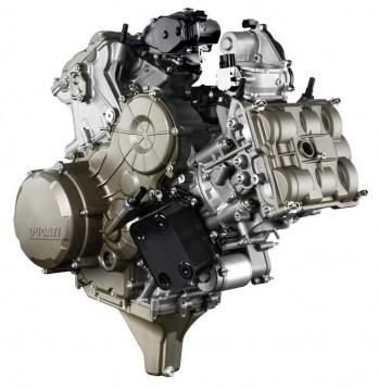 195 кн.с. в Superquadro - най-мощноят мотор на Ducati 03
