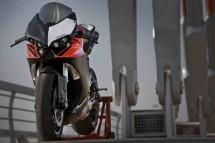 V за Vendetta - тунинг на Ducati Superbike 02