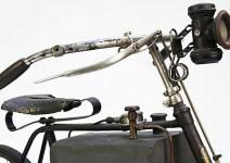Очакват рекордна цена за парен мотоциклет
