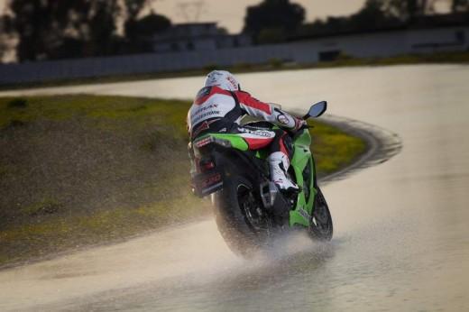 Bridgestone показва нова мотоциклетна гума на EICMA 2011 08