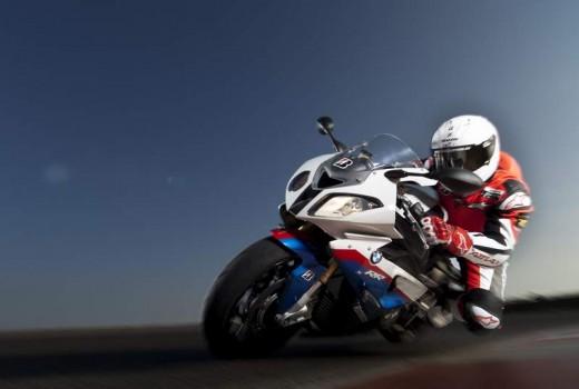 Bridgestone показва нова мотоциклетна гума на EICMA 2011 12
